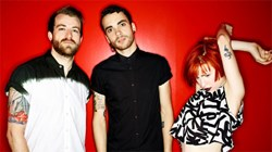 Paramore and Fall Out Boy Monumentour