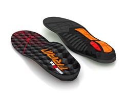 IRONMAN TRAIN insoles provide rigid arch support for demanding training.