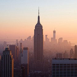 New York Skyline CREDIT: Andrés Moreira  http://www.flickr.com/photos/andrix/8387342773/