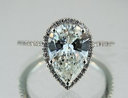 Buchroeders Offers Potential $10,000 Refund with Diamond Ring Purchase