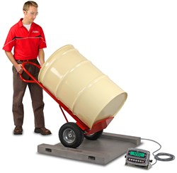 Cardinal Scale's USA-Made Run-a-Weigh Portable Floor