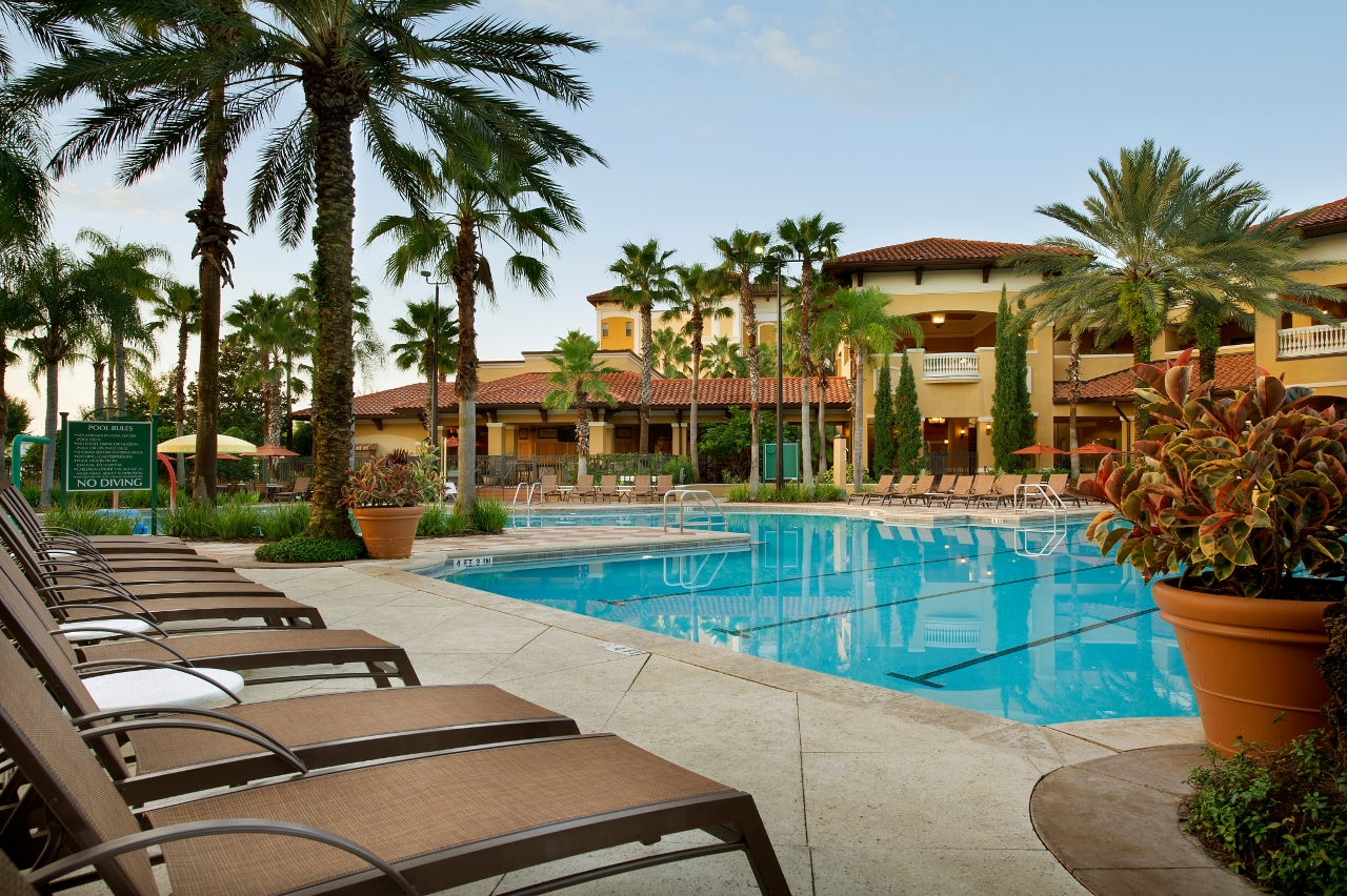 Floridays resort orlando named top family hotel in united for Best hotels in united states