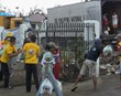 Scientology Volunteer Ministers distribute food and other emergency supplies in Tacloban in the Philippines.