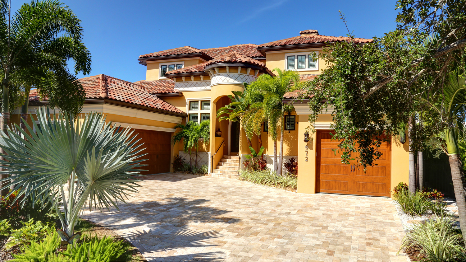 Clearwater beach waterfront estate available for purchase for House builders in florida