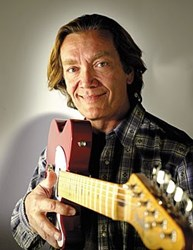 An image of G.E. Smith