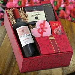 Red Wine & Gourmet Gift Box