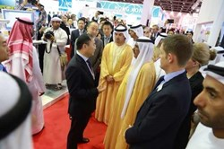 David Yin, Mindray meets HH Sheikh Hamdan bin Rashid Al Makoum, Deputy Ruler of Dubai & UAE Minister of Finance & Industry at Arab Health expo, January 2014