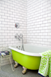 Sherman Oaks Movers Offer Tips On How to Pack and Move a Bathroom