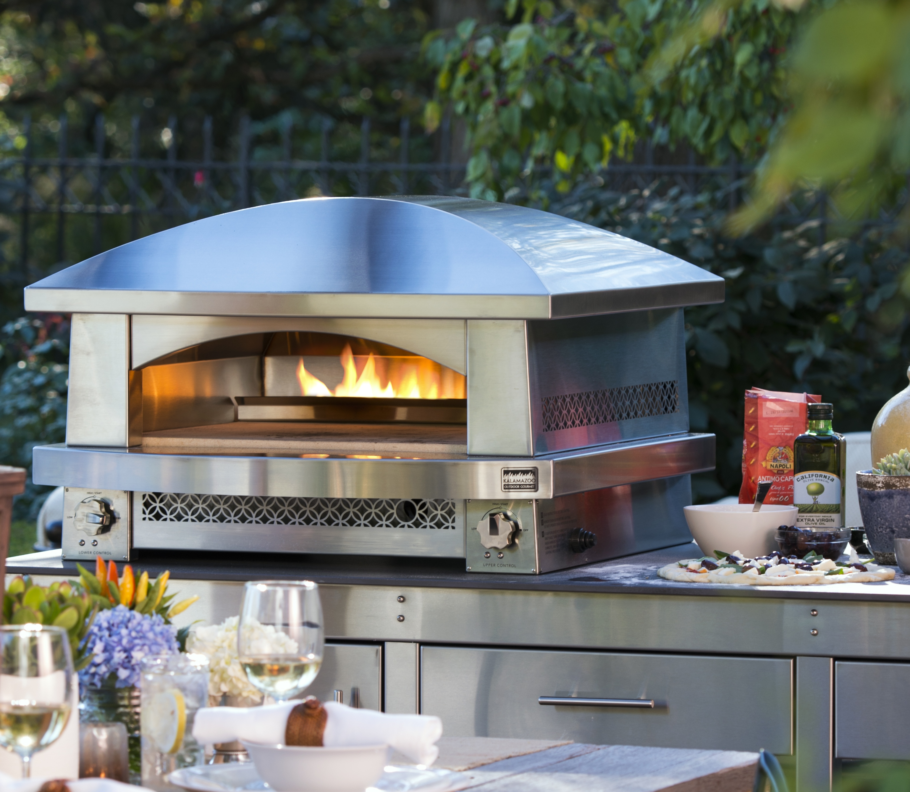 Kitchen Remodel Kalamazoo Mi: Counter Top Outdoor Pizza Oven Bakes