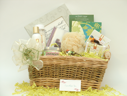 Indulge and Inspire Spa Gift Basket