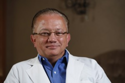 Dr. Ronald Receveur has been serving Southern Indiana and Greater Louisville dental patients since 1981.