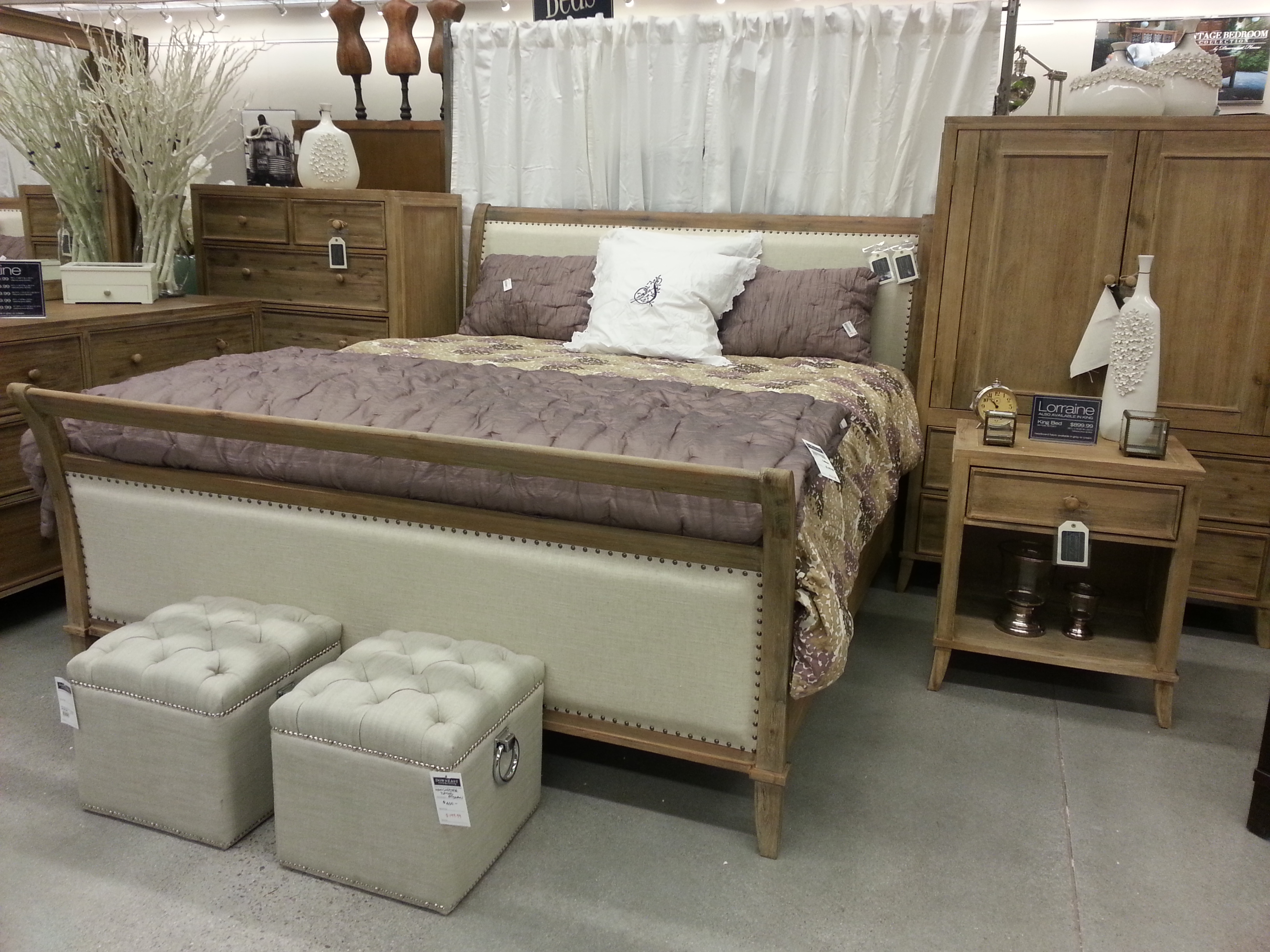 DownEast Home & Clothing Opens in Henderson