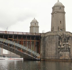 QuikShield facilitated the rehab of Boston's iconic Longfellow Bridge