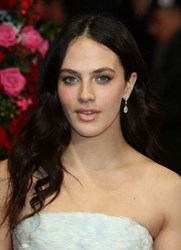 Jessica Brown-Findlay sparkles in a pair of earrings from the De Beers' Aura collection