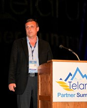 Eugene Laykhtman, CEO of Vocal IP Networx, presents to audience at the 2013 Telarus Partner Summit