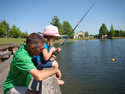 At the Texas Freshwater Fisheries Center, no fishing license is required and all bait and tackle are furnished leaving visitors free to concentrate on fishing.