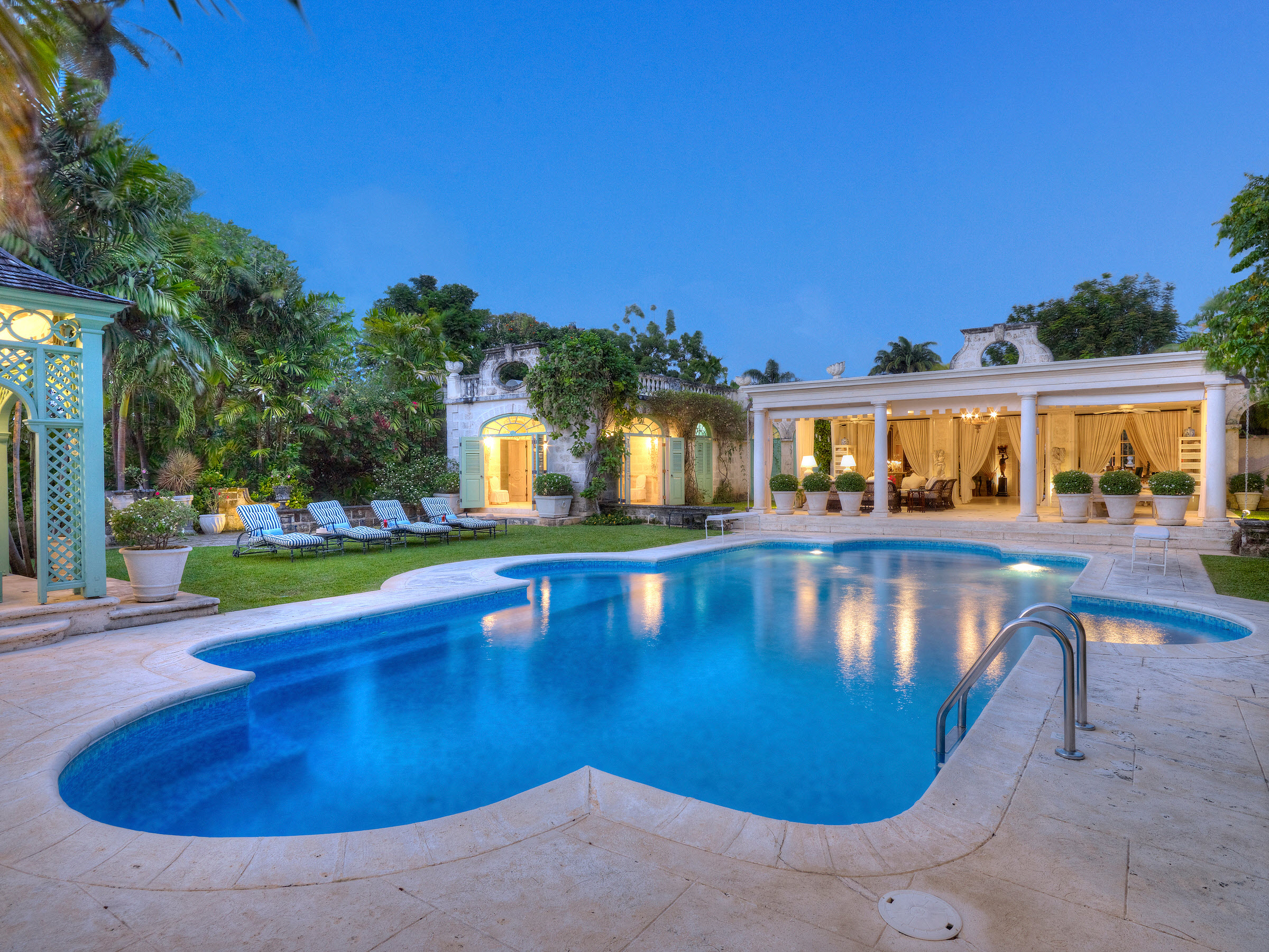 Complimentary car rental when you rent a barbados villa for Distinctive villas