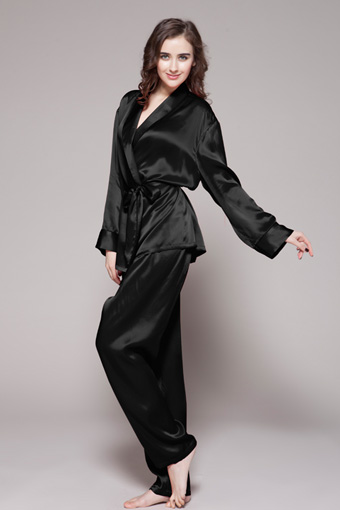 Black Silk Pajamas: Top-Quality 22MM Silk Pyjamas Available From Lilysilk New