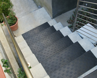 Rubber Cal Announces Eight New Stairway Mats