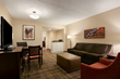 Embassy Suites Cleveland-Beachwood - Parlour Living Room