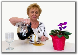Difficulty pouring coffee