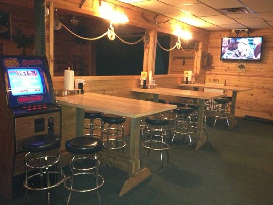Restaurant Furniture Supply Helps Walnut Bar Amp Grill
