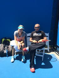 Bouchard with Saviano in Australia practicing before the semifinals
