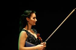 Violinist Nazrin Rashidova