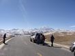 Tourists are traveling from Lhasa to Kathmandu via Sino-Nepal Highway.
