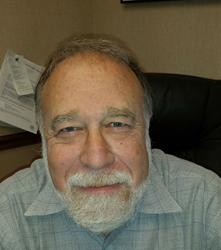 Dr. Richard Goldin is a periodontist in Vienna, VA