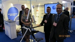 Coprocess Stand