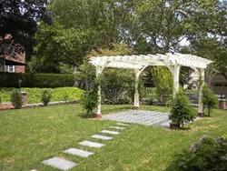 Created an elegant back yard was important for Vanin-Agrusa