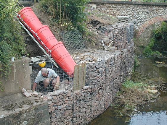 Fine Mesh Metals Help To Stabilise Erosion After Floods