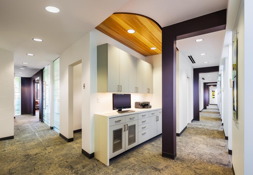 Interior 2.jpg (1000×695) Office design, Dental office