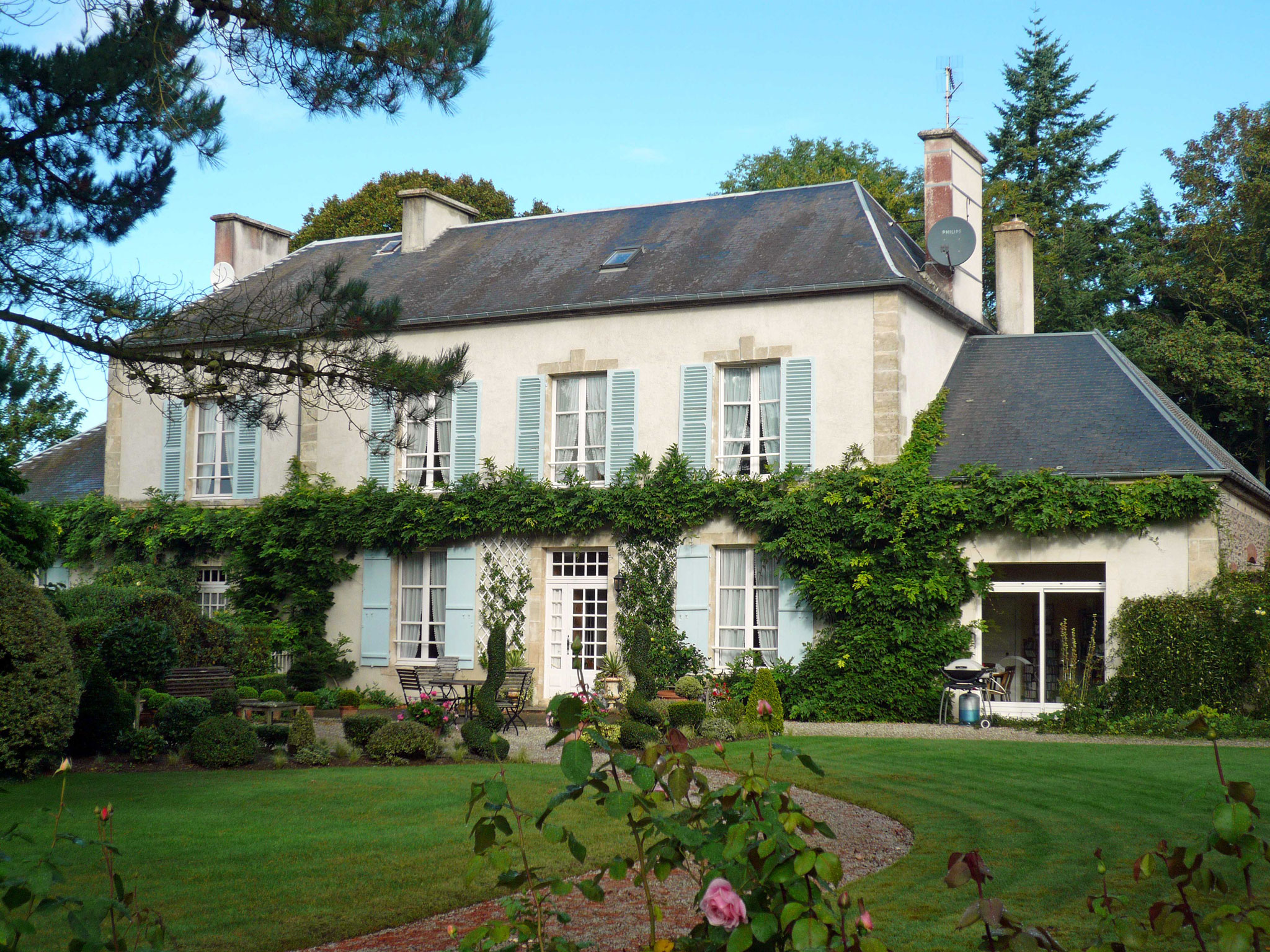 The french property exhibition comes to wetherby for French country style homes for sale