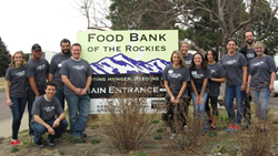 Maui Wowi volunteer at Food Bank of the Rockies