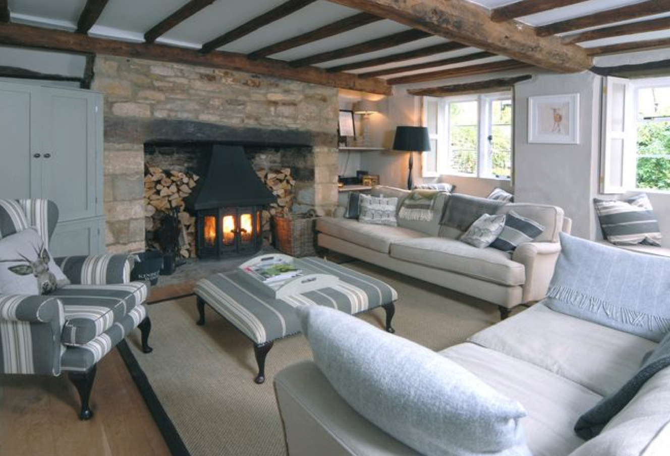 Cozy Cotswold Cottage Living Room