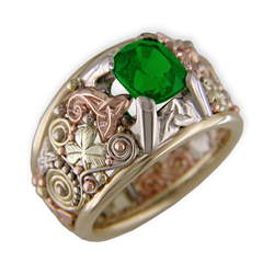 Tsavorite green garnet Celtic shamrock ring