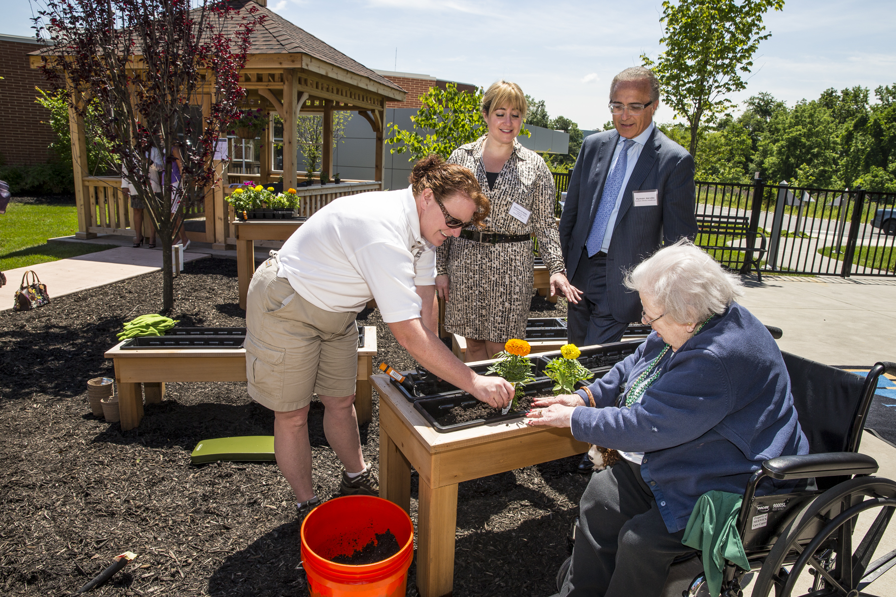 windsor healthcare 39 s unique therapy garden recognized and discussed at