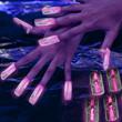 Glow Fingernails