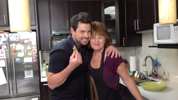 Chef Ryan Scott Cooks Up A Sweet Mother S Day With Mom S Favorite Chocolate Chip Cookie Recipe