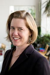 Dr. Amy Baxter Headshot