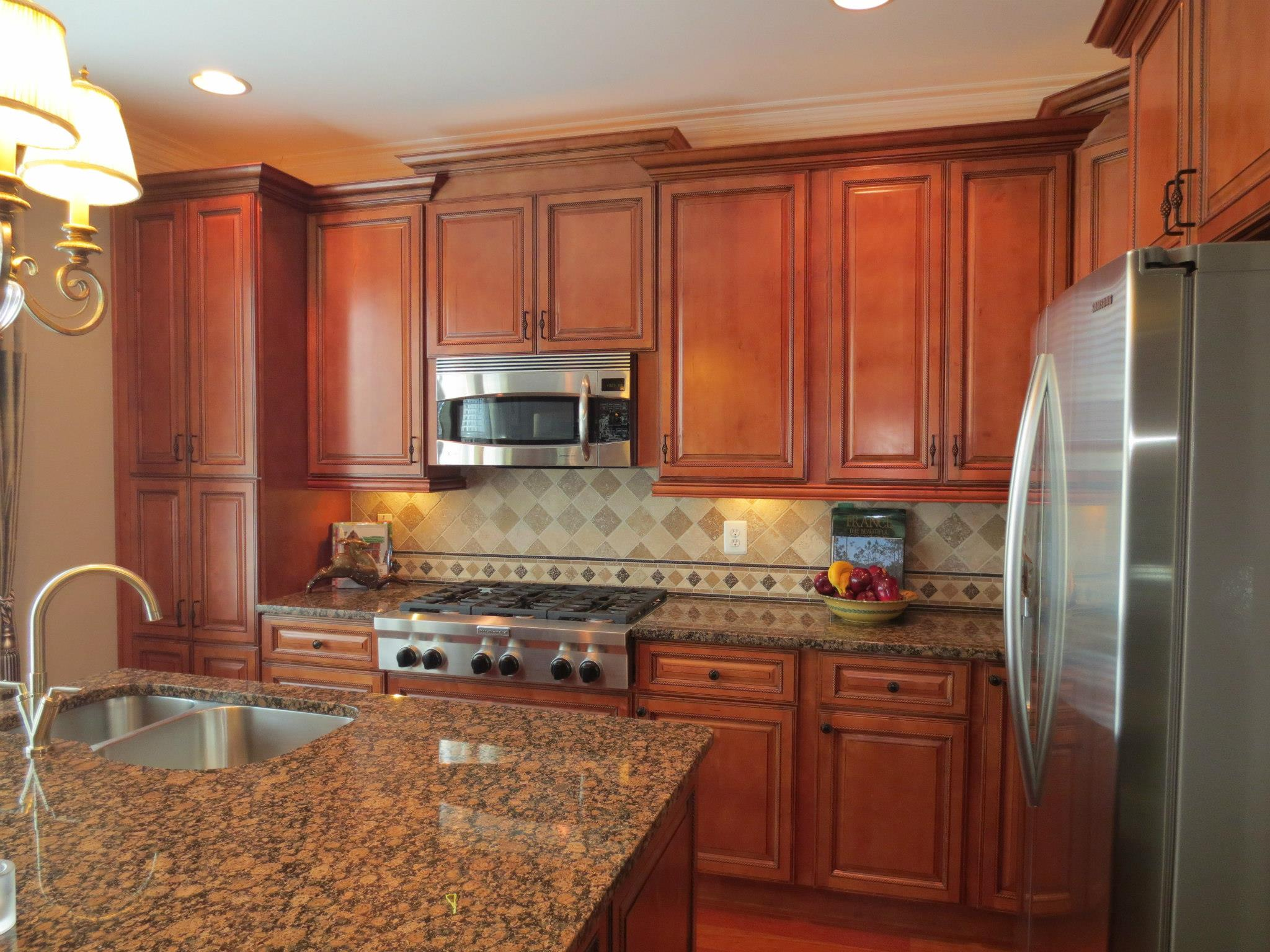 Kitchen cabinet kings hosts memorial day weekend sale for Kitchen cabinets king