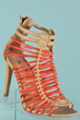 Leading Online Wholesale Fashion Shoe Store Rakel's Shoes Announces Expanded Shoe Line for Summer
