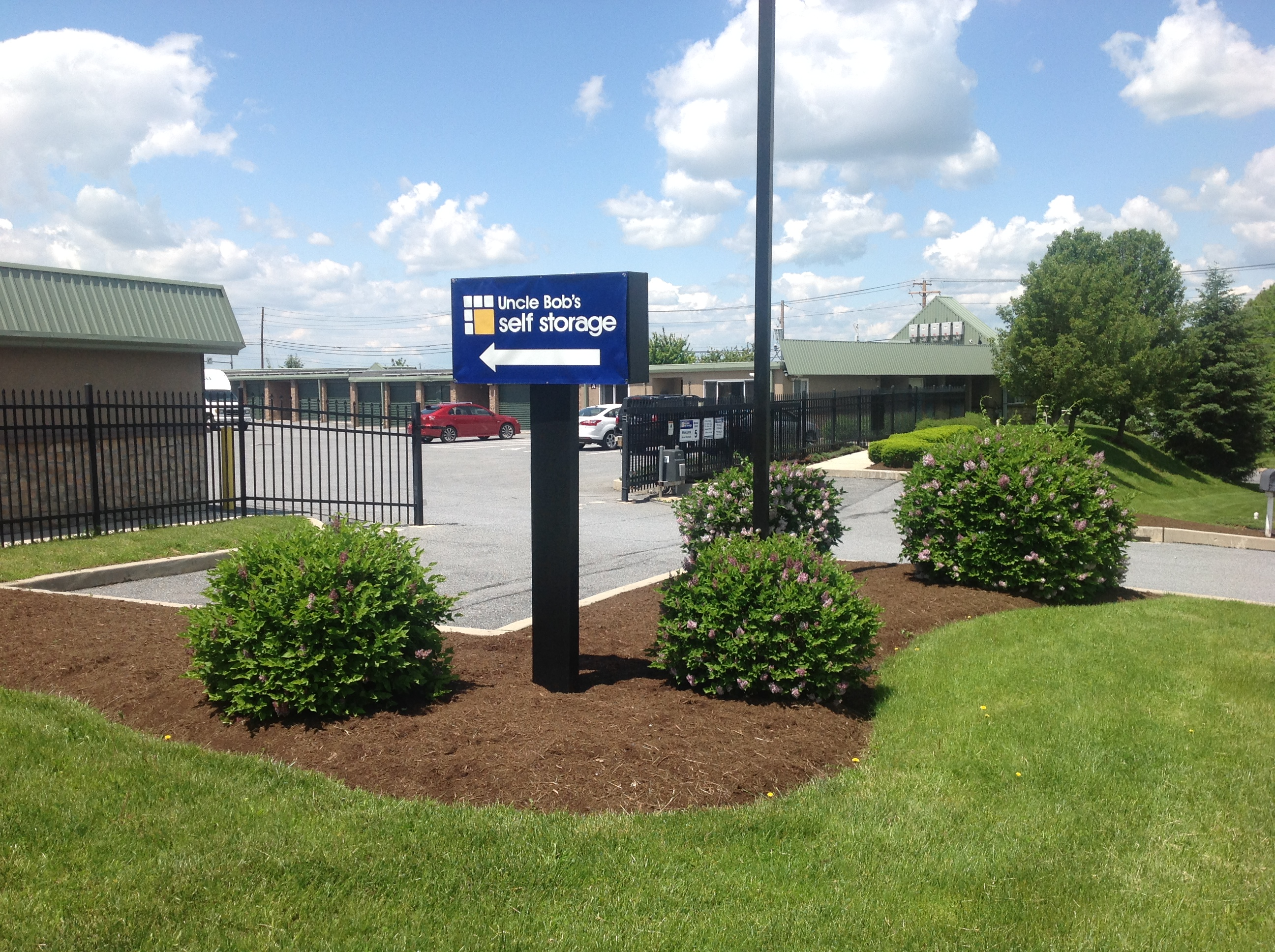 Uncle Bob S Self Storage Takes Over Management Of