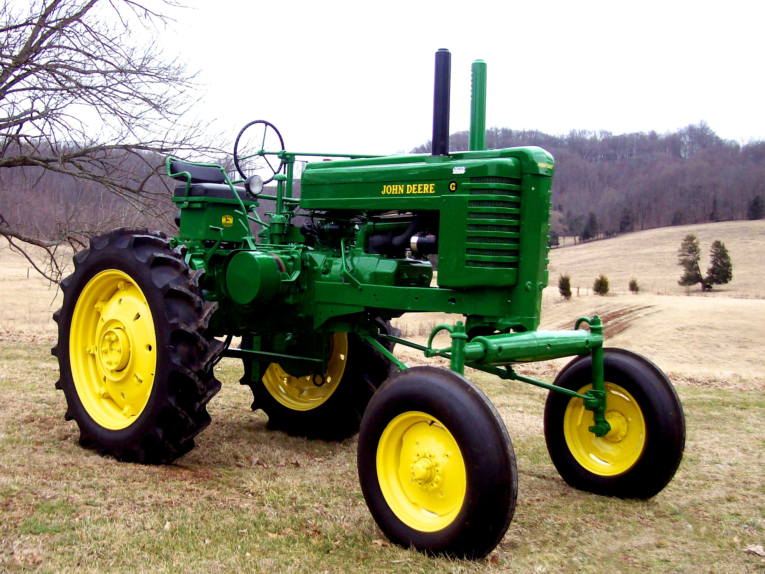 Antique John Deere Show Tractors : Mecum s vintage tractor auction to offer stellar lineup in