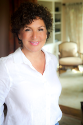 PR expert, trainer and author Robin Samora
