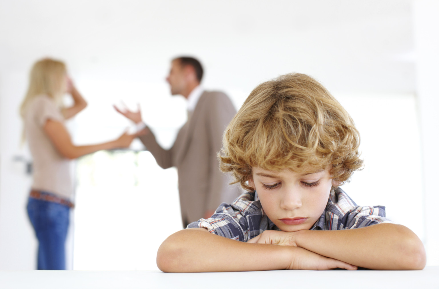 divorce and the effect on children As the effect of divorce, children will go through emotional and behavioural distress in order to adapt to the life after divorce according to allison and furstenberg (1989), children of divorced parents experience more emotional and behavioural distress compared to children with intact families.