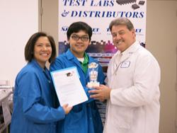 Joseph Federico NJ MET VP presents 2014 scholarship to  Emile Catian