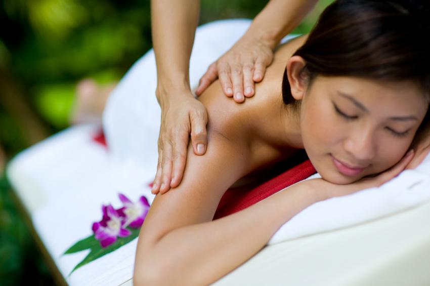 At happy head massage group foot reflexology massage room in san diego